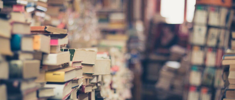Bücher Stapel